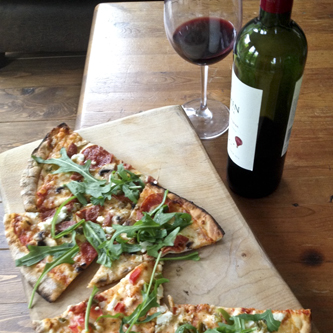woodfired pizza wine